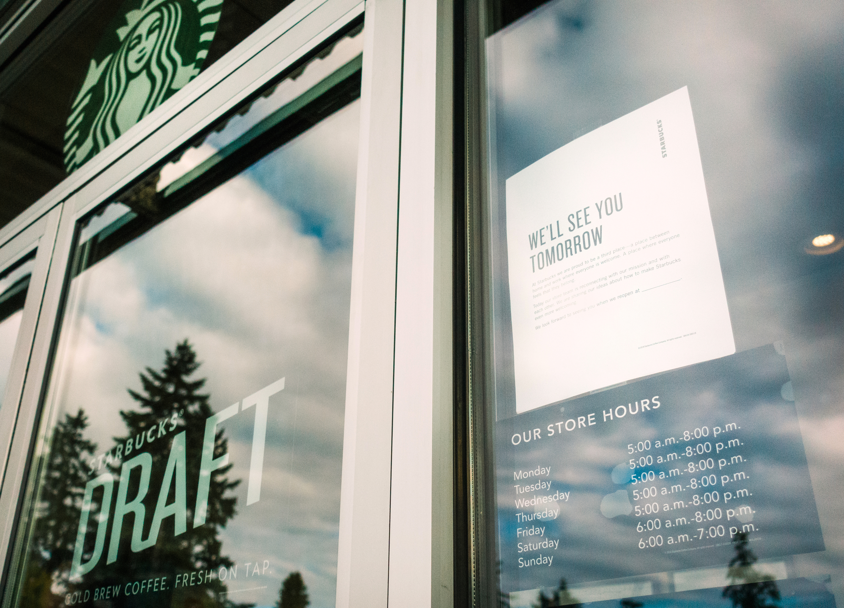 ec96b8e90ea99 Starbucks to Close All U.S. Stores for Racial-Bias Education