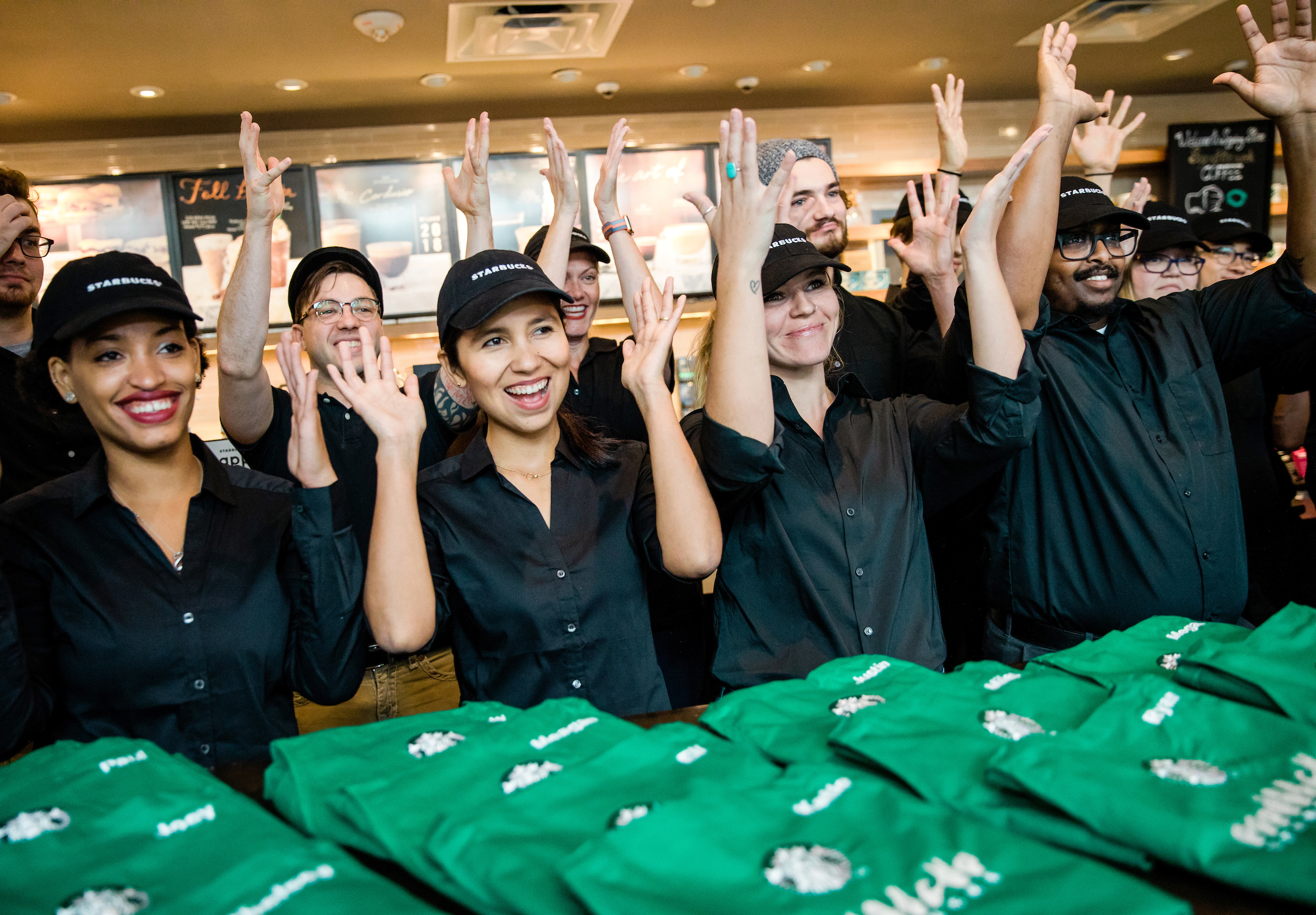 starbucks policy on dating co workers