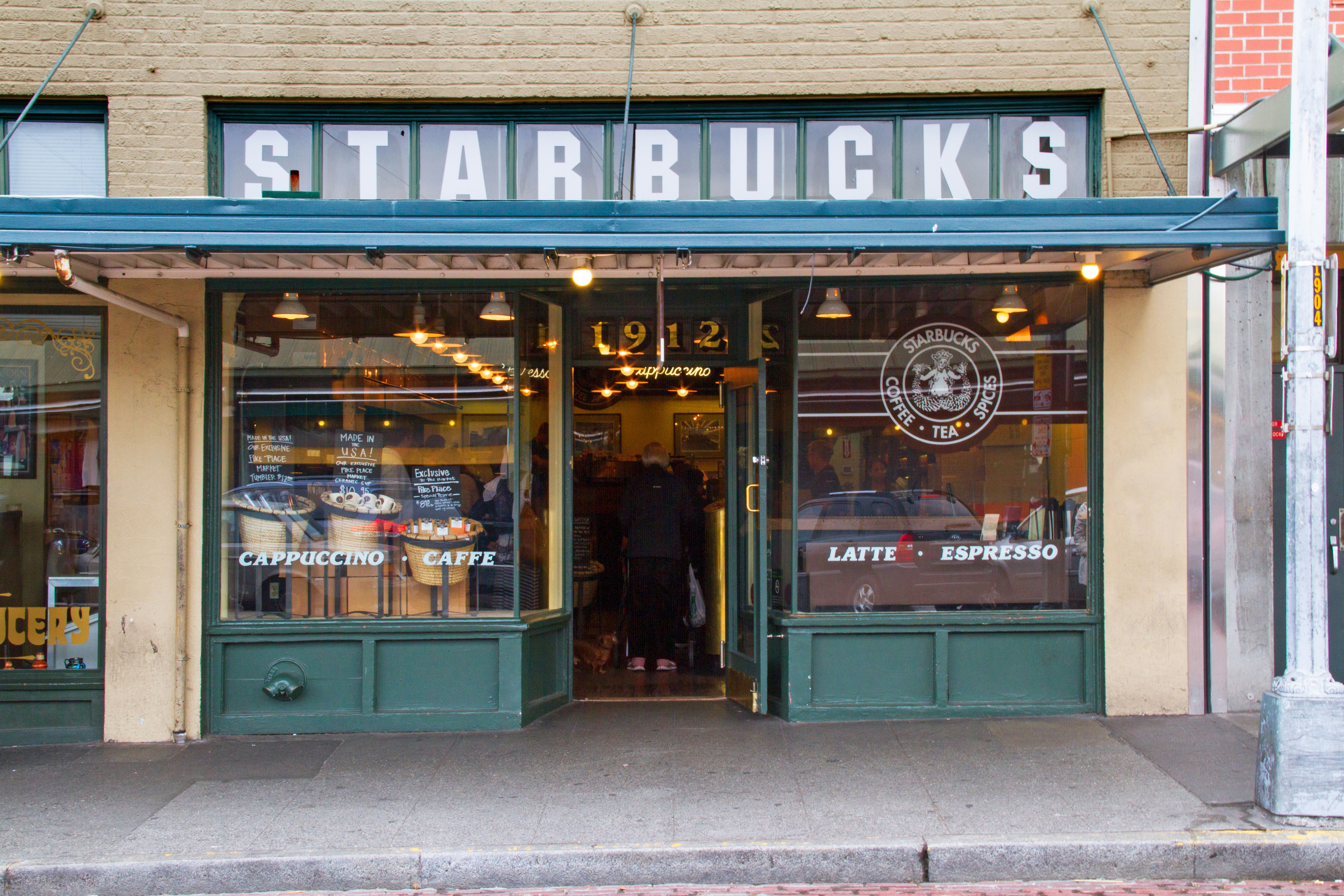 Store Tour Inside 1912 Pike Place Seattle Usa