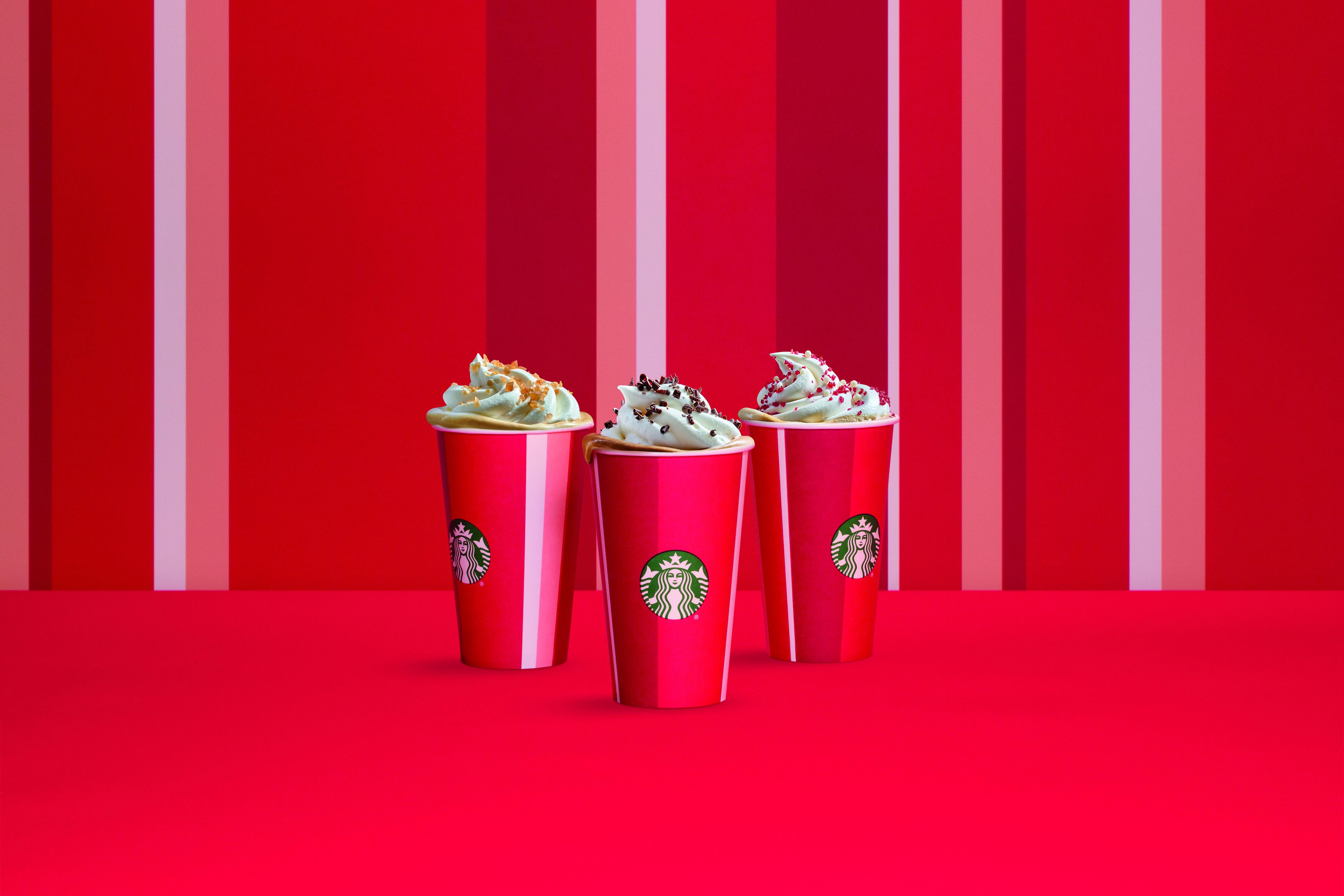 Starbucks Christmas Drinks 2018.Starbucks Holiday Beverages Around The World