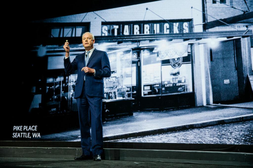 """完整报道:星巴克开史上最大型股东年会!CEO说要重构""""第三空间""""概念-咖报"""