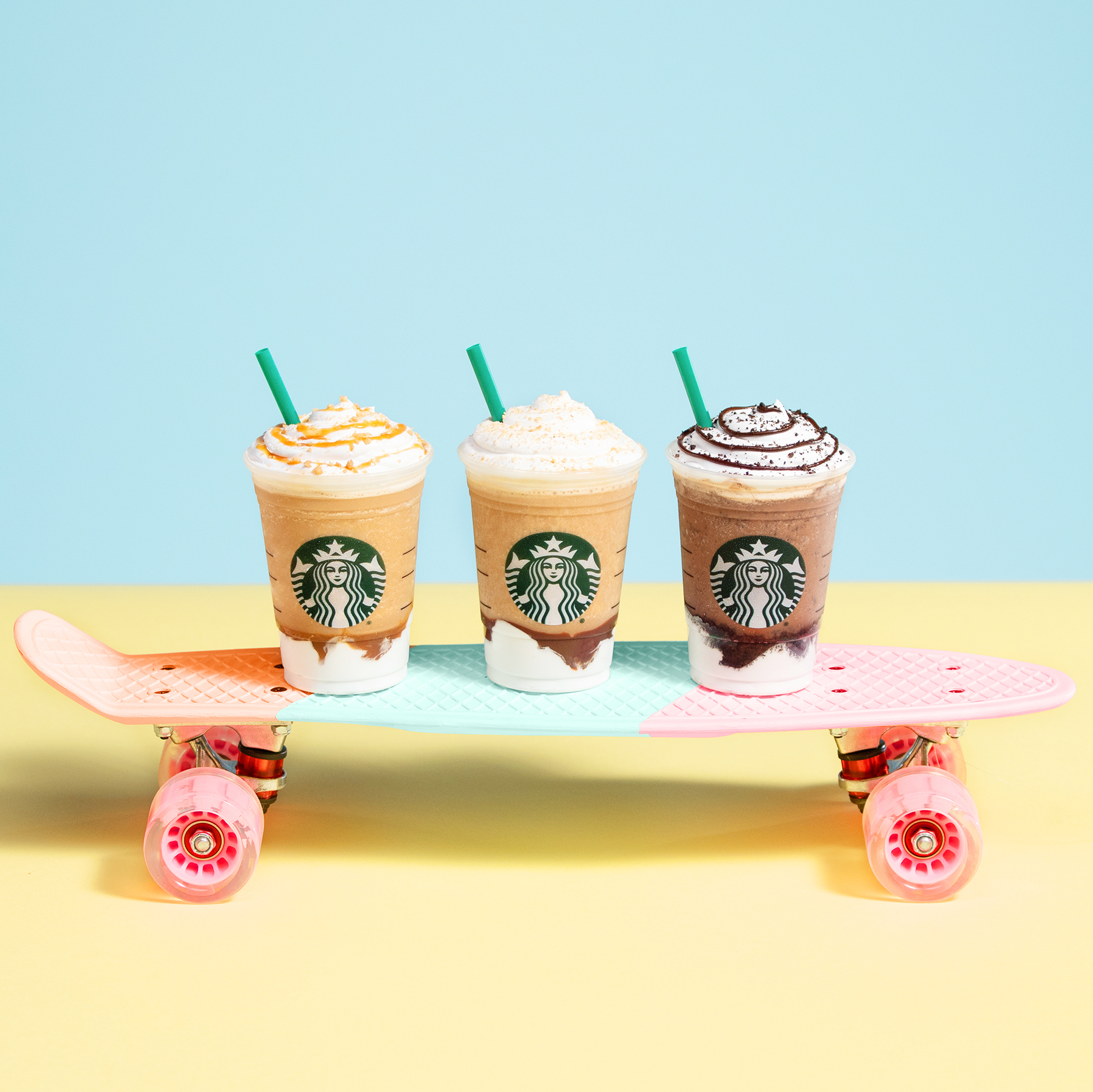 Christmas Starbucks Drinks 2019.Starbucks New Summer Food And Drink Menu Hits Stores